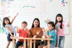 دورات لغة للصغار